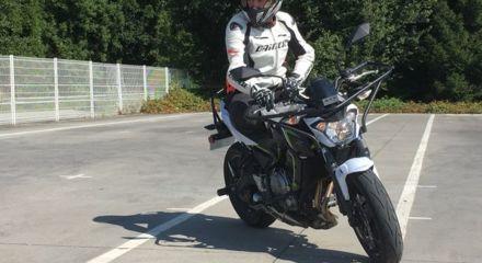 Moto Passerelle