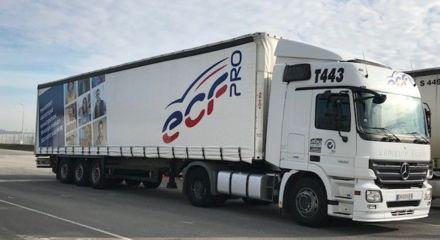 Véhicules ECF Roudaut : tracteur + semi-remorque